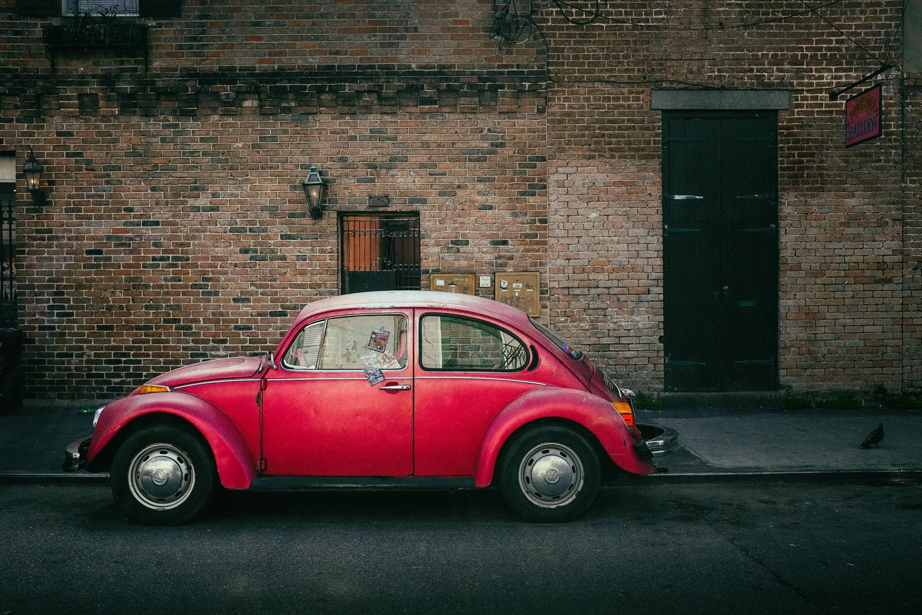 VW Beetle in New Orleans by photographer Kevin Brown