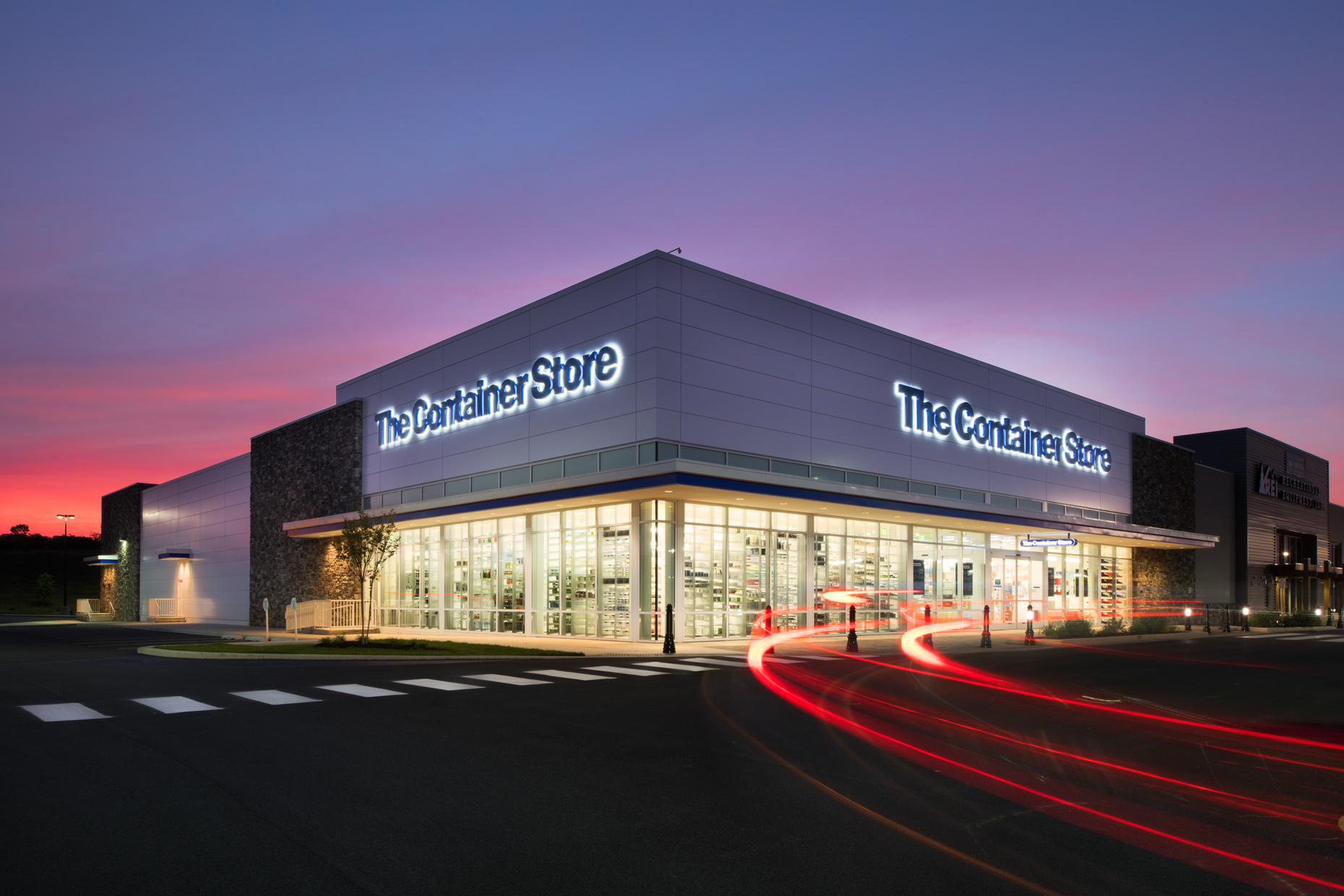 The Container Store, in Newark, Delaware by Dallas architectural photographer Kevin Brown