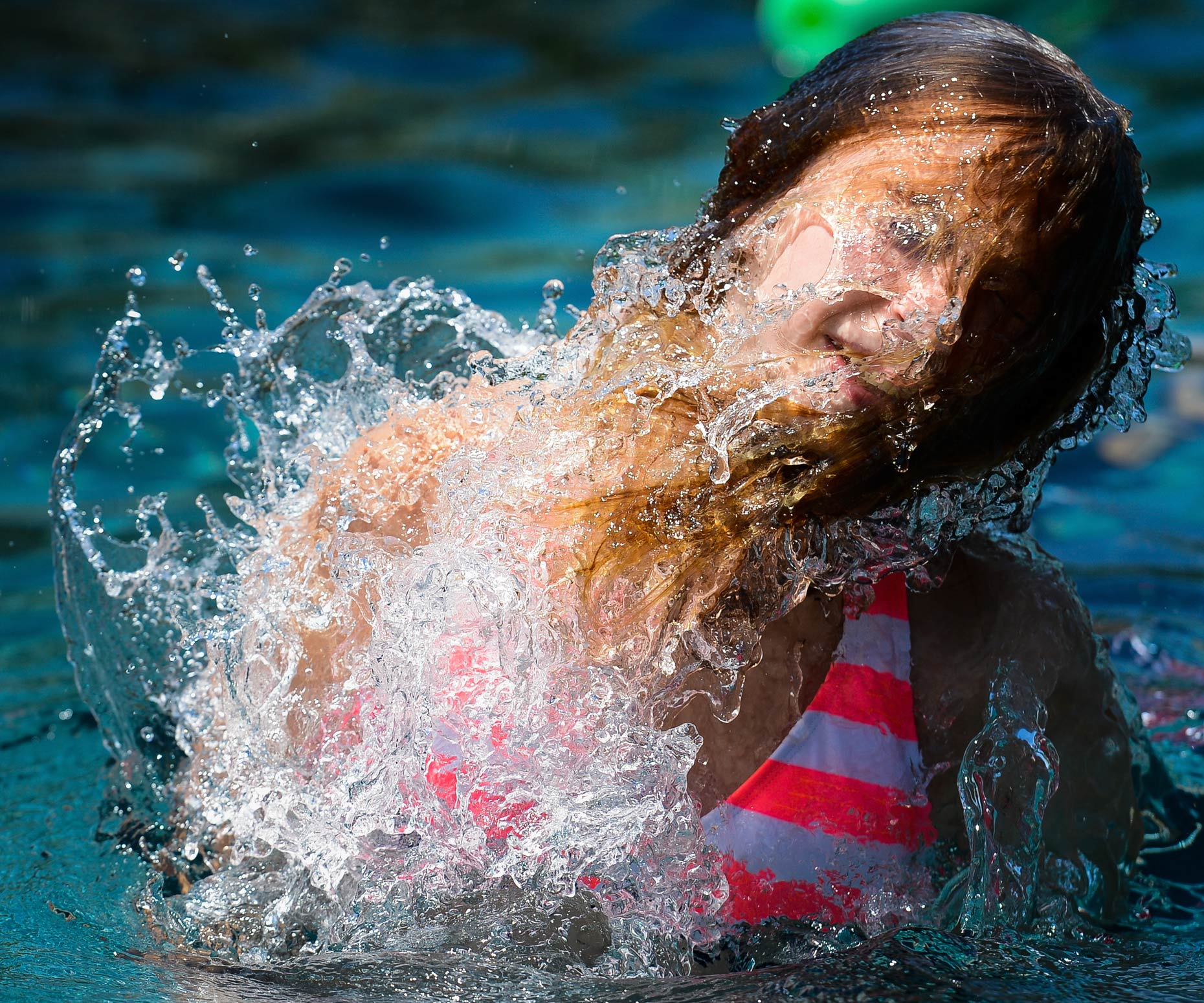 Lifestyle Photographer Kevin Brown photo of girl in water.