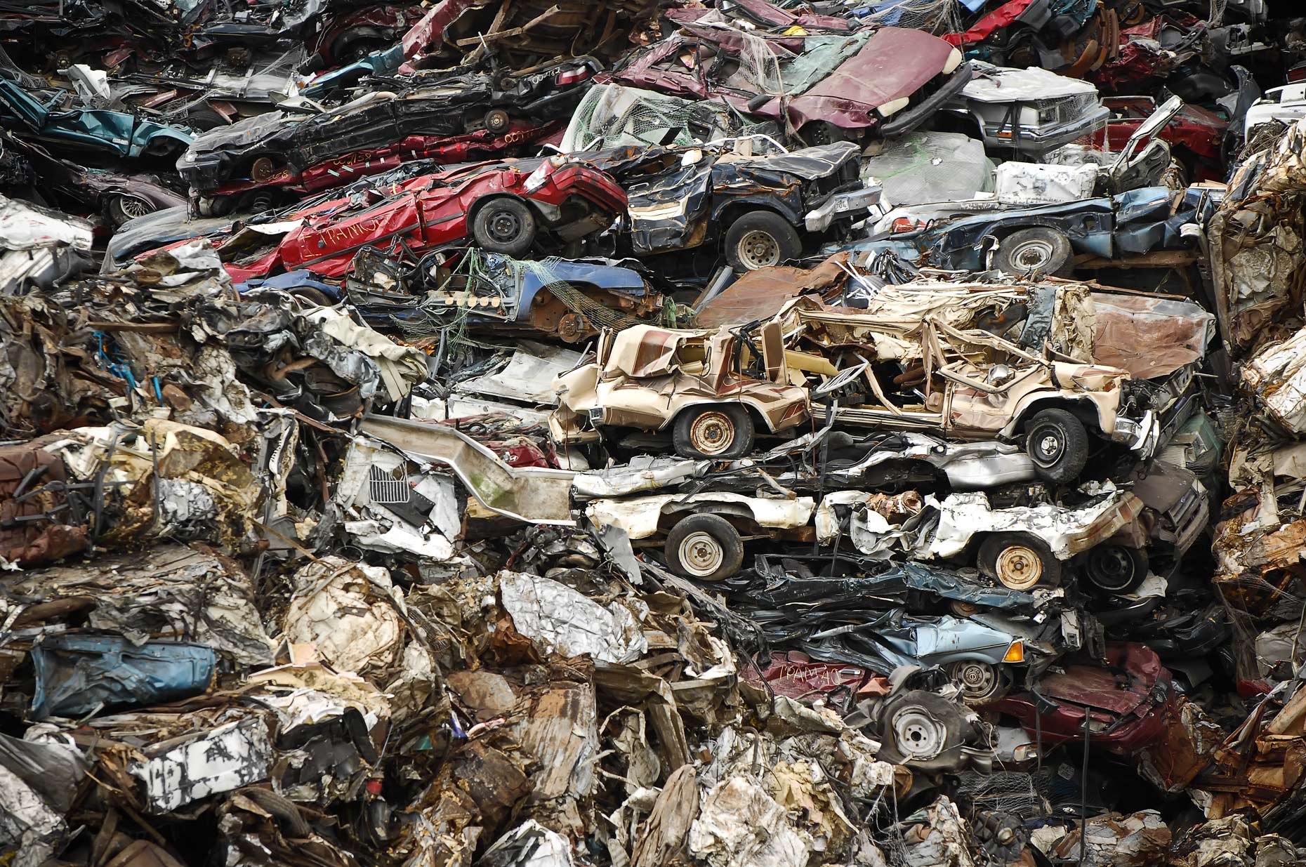 Crushed cars in Houston, Texas by Kevin Brown.